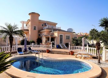 Thumbnail 4 bed villa for sale in Carrer Marina Real Juan Carlos I, S/N, 46011 Valencia, Spain