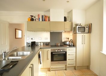 Thumbnail 2 bedroom flat to rent in Eaglesfield Road, London