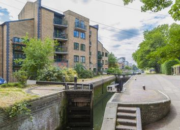 Thumbnail 2 bed flat to rent in Parnell Road, London