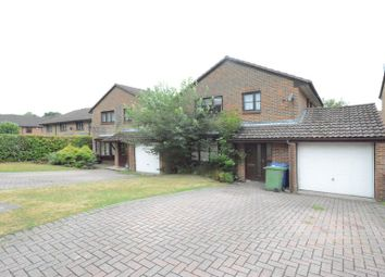 Thumbnail 4 bed detached house to rent in Charlbury Close, Bracknell