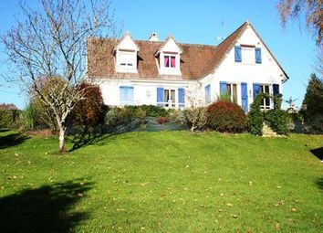 Thumbnail 5 bed property for sale in Mont-St-Jean, Sarthe, France