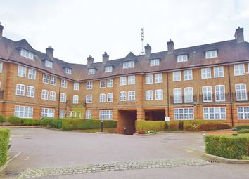 Thumbnail 2 bed flat for sale in Corringway, Hampstead Garden Suburb, London