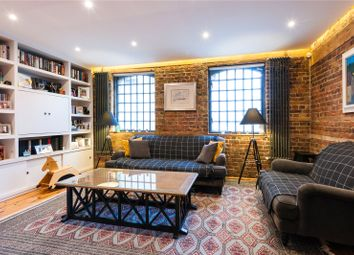 Thumbnail 3 bedroom flat to rent in Cole Street, London