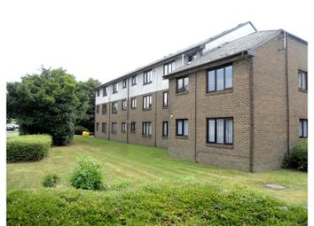 Thumbnail 2 bed flat for sale in Aylets Field, Essex
