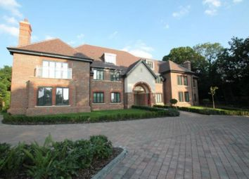 Thumbnail 2 bedroom flat to rent in High Road, Chigwell