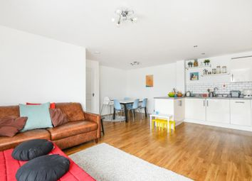 Thumbnail 3 bedroom flat for sale in Azzura House, 8 Homesdale Road, Bromley