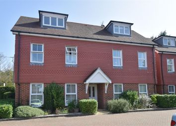 Linfield Lane, Ashington, West Sussex RH20. 2 bed flat