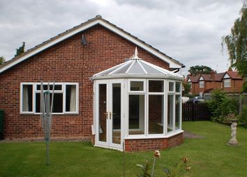 Thumbnail 2 bed bungalow to rent in Courtney Way, Cambridge