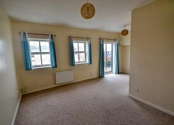 3 bed flat to rent in 115 Plimsoll Way, Victoria Dock, Hull HU9