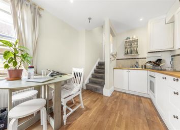 2 bed maisonette for sale in Battersea Park Road, London SW11