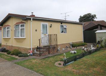 Thumbnail 2 bed mobile/park home for sale in Chilton Farm Park, Fleet Road, Farnborough
