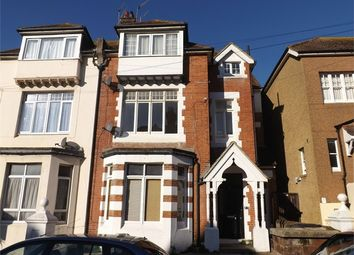 Thumbnail 2 bed flat to rent in Eversley Road, Bexhill-On-Sea, East Sussex