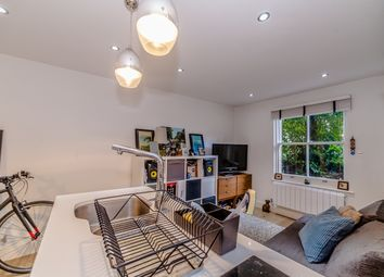 Thumbnail Studio to rent in Cecila Road, Dalston, Hackney Downs