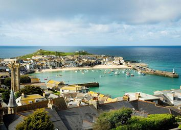 Thumbnail 5 bed terraced house to rent in Sea View Terrace, St Ives