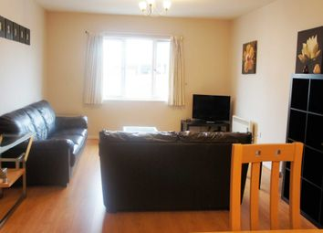Thumbnail 2 bedroom flat to rent in High Street, Town Centre, Crawley