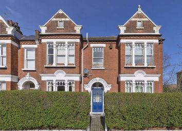 2 bed flat to rent in Elmfield Road, London SW17
