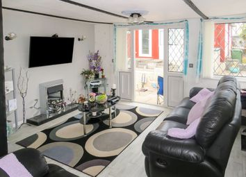 Thumbnail 3 bed mobile/park home for sale in Buckingham Orchard, Chudleigh Knighton, Newton Abbot