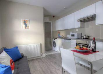 Thumbnail 2 bedroom flat to rent in Grosvenor Gardens, London, UK