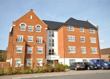 Arundale Walk, Broad Bridge Heath, Horsham RH12. 2 bed flat for sale