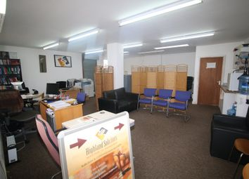 Ilford, Essex IG1. Commercial property to let