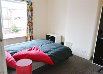 Room to rent in Highgate Road, Walsall WS1