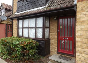 Thumbnail Studio to rent in Redwood Grove, Bedford