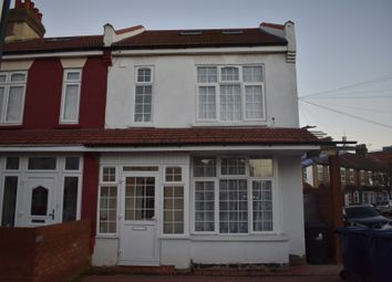 Thumbnail 6 bed end terrace house to rent in Endsleigh Road, Southall