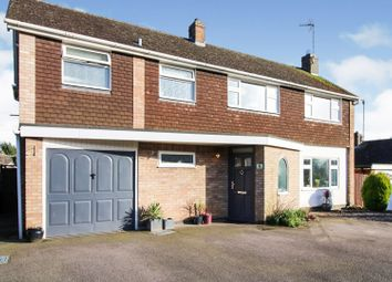 Thumbnail 4 bed detached house for sale in Links Road, Kibworth Beauchamp