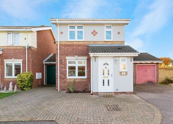 3 bed property to rent in Cambridge Close, Langdon Hills, Basildon SS16