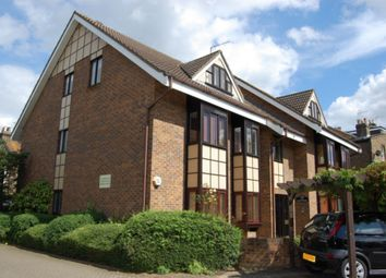 Thumbnail 2 bedroom flat to rent in The Chequers, Buckhurst Hill