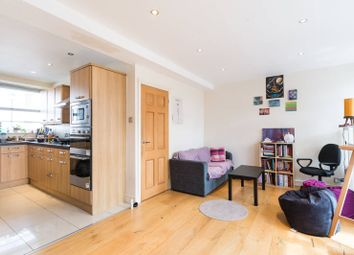 3 bed maisonette to rent in Lupus Street, Westminster, London SW1V