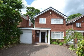 Thumbnail 4 bed detached house to rent in Amersham Close, Macclesfield