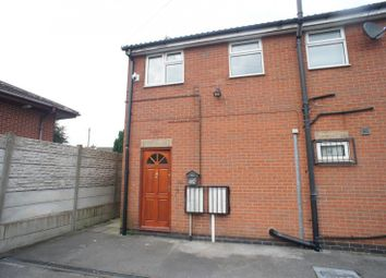 Thumbnail 2 bed flat to rent in Mansfield Road, Alfreton, Alfreton