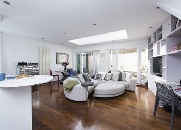 Thumbnail 2 bed flat to rent in Webb's Road, London