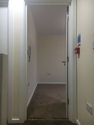 Thumbnail Room to rent in St.Pauls Avenue, Kingsbury