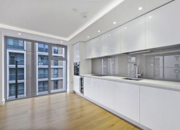 Thumbnail 2 bedroom flat for sale in Goswell Road, London