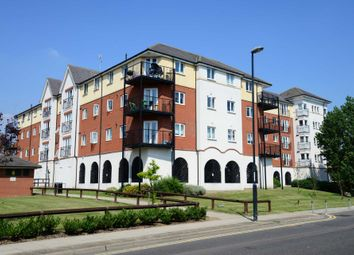 Thumbnail 2 bedroom flat for sale in Long Acre House, Pettacre Close