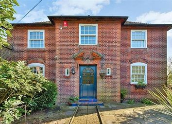 Thumbnail Detached house to rent in Church Road, Potters Bar