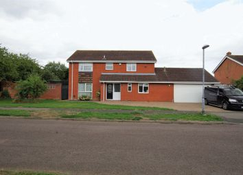 Thumbnail 4 bed detached house for sale in Okebourne Park, Swindon