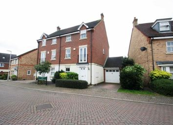 Thumbnail 4 bed town house to rent in Sandleford Lane, Greenham, Thatcham