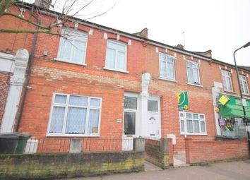 Thumbnail 4 bed flat to rent in Coppermill Lane, London