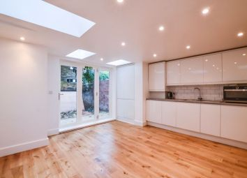 Room to rent in Prince George Road, London N16