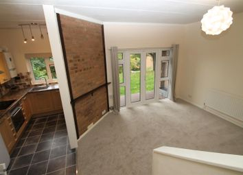 Thumbnail 1 bed flat to rent in Cotswold Way, High Wycombe