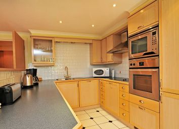 Thumbnail 2 bed flat to rent in Chiswick High Road, Chiswick