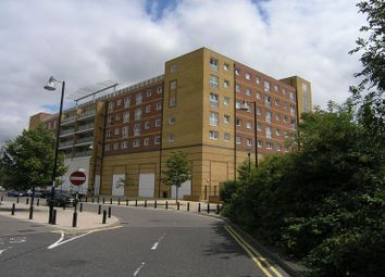 2 bed flat to rent in Mill Court, Edinburgh Gate, Harlow CM20