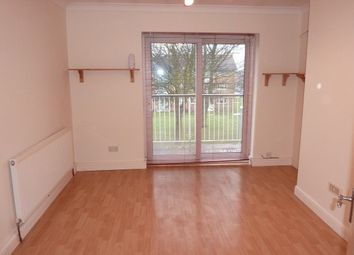 Thumbnail 1 bed flat to rent in Padnall Road, Chadwell Heath, Romford