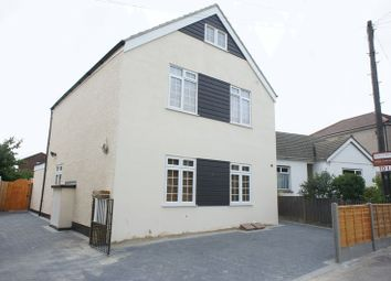 Thumbnail 2 bedroom flat to rent in Rayleigh Road, Hadleigh, Benfleet