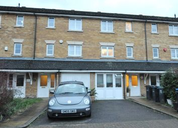 Thumbnail Flat to rent in Westminster Drive, Palmers Green