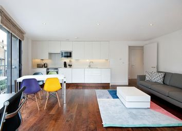 Thumbnail 1 bed flat to rent in Hall Street, Clerkenwell