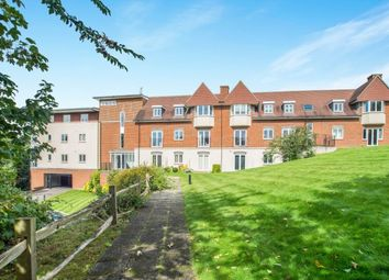 Thumbnail 2 bed flat to rent in Horsham Road, Dorking